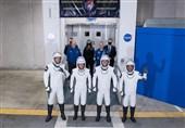 """پرتاب موفقیتآمیز """"Crew Dragon"""" به فضا/ فضانوردان به ایستگاه فضایی بینالمللی رسیدند"""