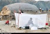 زندگی اسفبار کپرنشینان بر فراز تپهها بدون امکانات اولیه / سیلزدگان روستای سگن بشاگرد نیازمند توجه مسئولان + فیلم