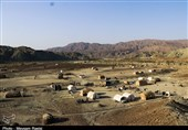 زندگی کپرنشینان بشاگرد بر بلندای تپه از دریچه دوربین تسنیم