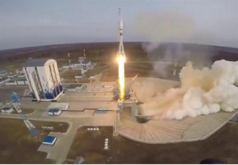 Soyuz Rocket Launches 36 Internet Satellites to Orbit (+Video)
