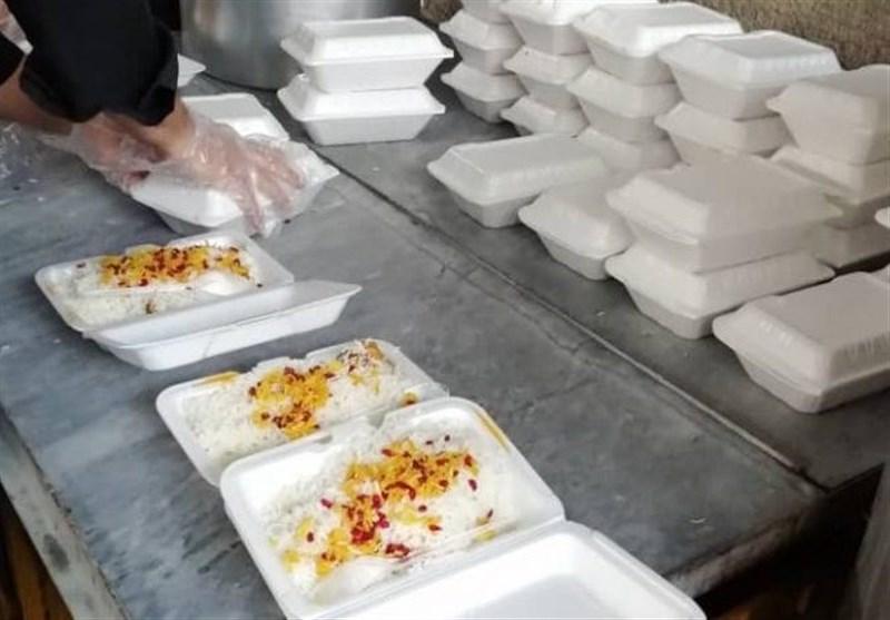 15 هزار پرس غذای گرم بین مددجویان بهزیستی استان خراسان جنوبی توزیع شد