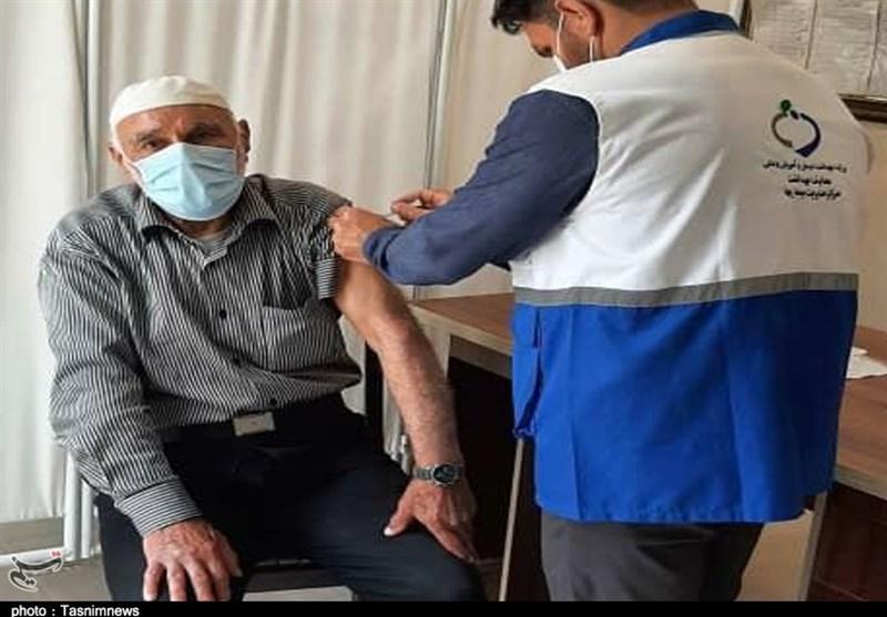 واکسیناسیون افراد بالای 80 سال در استان یزد آغاز شد
