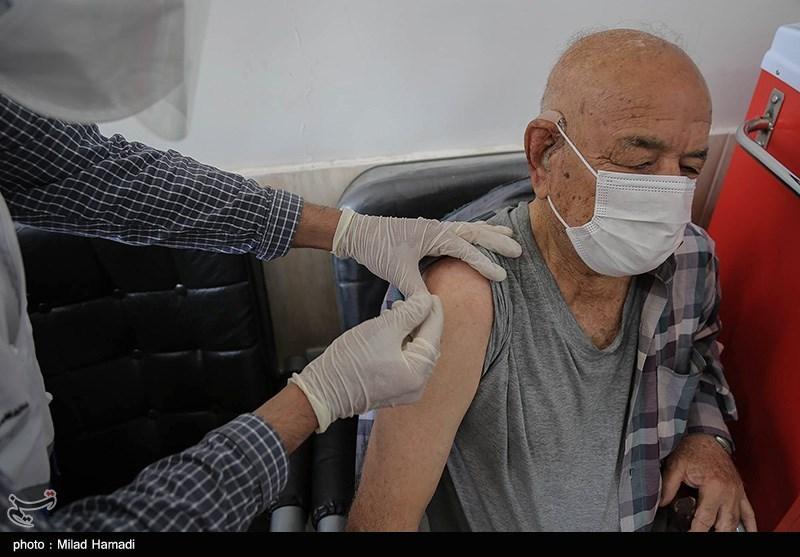 3 دستور وزیر بهداشت برای واکسیناسیون سالمندان بالای 80 سال