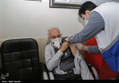 افراد 80 ساله به بالا در کرمانشاه از امروز برای دریافت واکسن مراجعه کنند