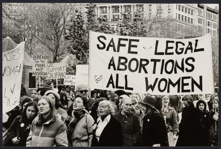 سقط جنین , غربالگری مادران باردار , خانواده , کاهش جمعیت , سبک زندگی ,