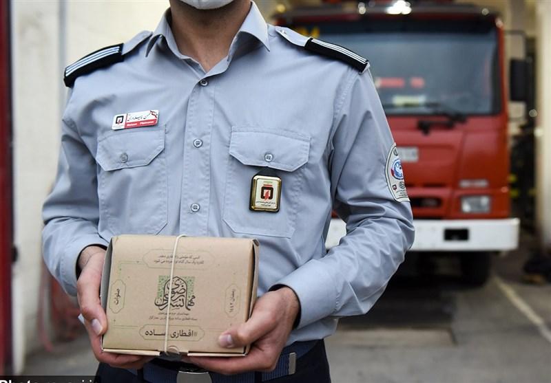 توزیع روزانه 4000 بسته افطاری در محلات مشهد توسط آستان قدس رضوی