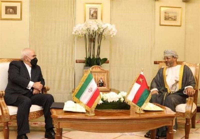 ظریف : عقدت لقاءات جیدة للغایة فی مسقط