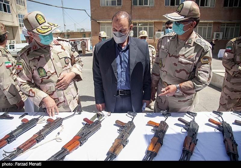 Iran Police Disband Gang Smuggling Battle Rifles