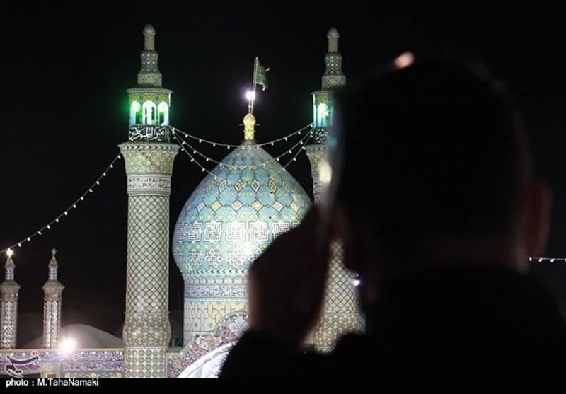 برپایی مراسم قدر در حرم هلال بن علی(ع) آران و بیدگل به روایت تصویر