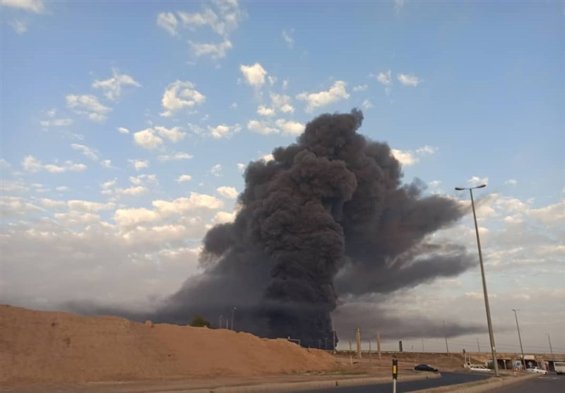 Huge Fire Breaks Out at Chemical Plant in Iran's Qom