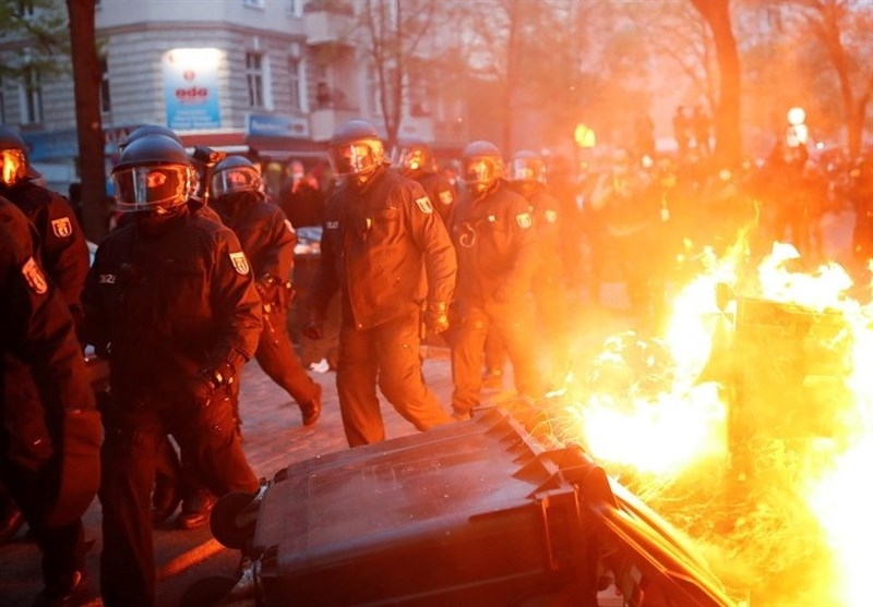 Streets Set on Fire As Police Battle with May Day Protesters in Berlin, Paris (+Videos)