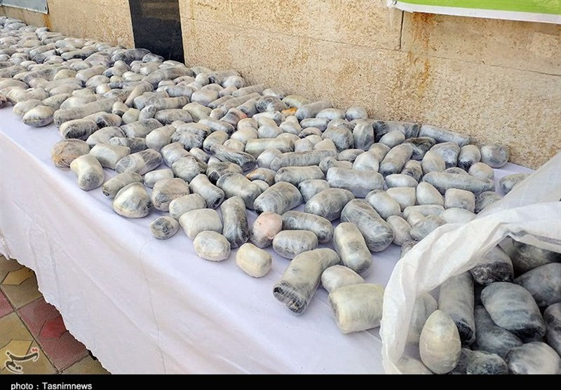 کشف محموله بزرگ مواد مخدر در استان کردستان به روایت تصویر