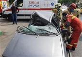 حبس راننده پراید در اتاقک ویران شده خودرو + تصاویر