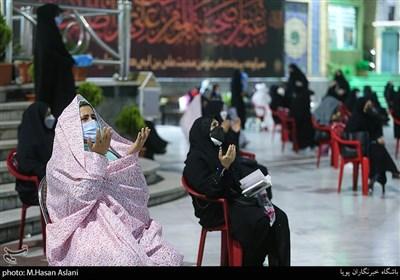 مراسم احیاء شب بیست و یکم ماه رمضان با رعایت پروتکلهای بهداشتی در امامزاده صالح (ع) تهران
