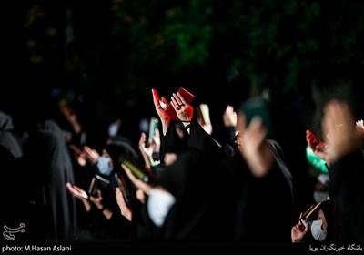مراسم احیاء شب بیست و یکم ماه رمضان با رعایت پروتکلهای بهداشتی در مسجد گیاهی تجریش
