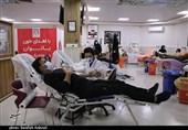 نبود پایگاه انتقال خون در شهرستانهای استان کردستان / شرایط برای اهدای خون فراهم نیست