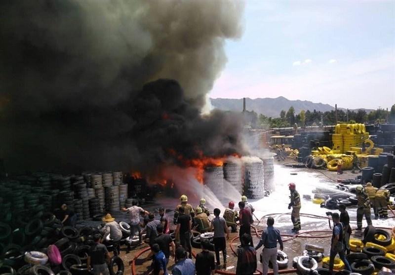 آتشسوزی گسترده در بارانداز کالا در مشیریه + فیلم و تصاویر