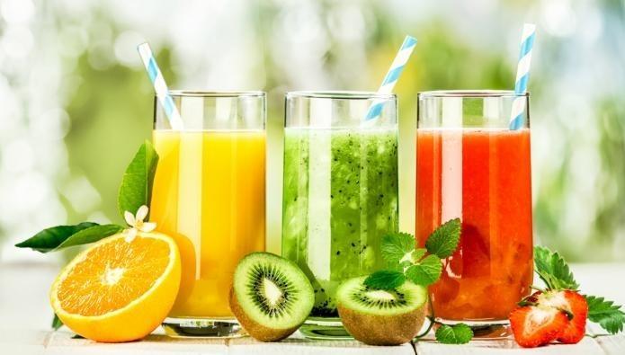 4 مشروبات تخلصکم من جفاف الفم فی رمضان... أکثروا منها!
