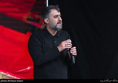 مداحی محمدحسین پویانفر در عزاداری روز شهادت امیرالمومنین علی (ع)
