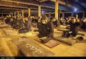 مراسم احیای آخرین شب قدر در مزار شهدای کرمانشاه برگزار شد+ فیلم
