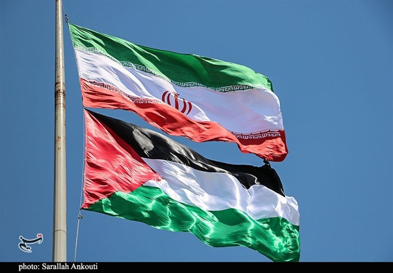 برافراشتن پرچم فلسطین در دیار حاج قاسم به مناسبت روز قدس به روایت تصویر