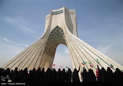 مراسم نمادین روز قدس در میدان آزادی