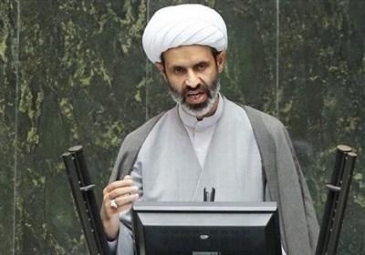انتقاد از روند انتصابات در بخشهای مرتبط با زایندهرود؛ دولت به فکر حل مشکل آب اصفهان نیست