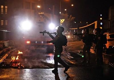 تشدید درگیریها در قدس اشغالی/ قدس به پادگان نظامی اشغالگران تبدیل شد/ تعداد زخمیها به 64 نفر رسید