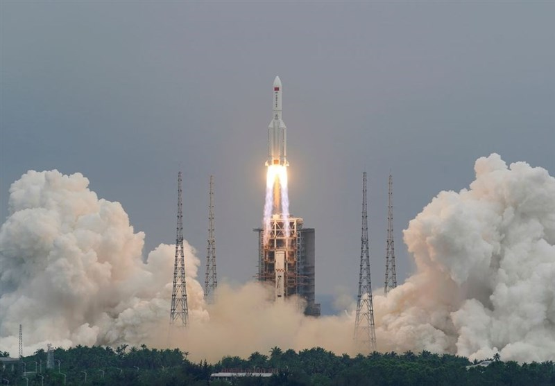 بقایا الصاروخ الصینی تسقط فی المحیط الهندی