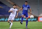 اکبری: استقلال برای قهرمان شدن باید همه بازیها را ببرد/ به گلمحمدی بابت ساختن تیمش تبریک میگویم
