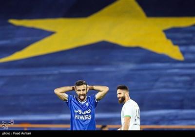 دیدار تیمهای فوتبال استقلال و ذوب آهن