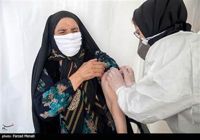 117 مرکز شهری و روستایی در کرمانشاه برای تزریق واکسن کرونا فعال است