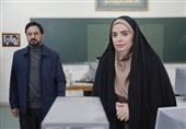 """ابراز احساسات """"سپیده خداوردی"""" هنگام رونمایی از سریال شهید شهریاری/ همسر شهید از خوانندگی """"سالار عقیلی"""" تمجید کرد + فیلم"""