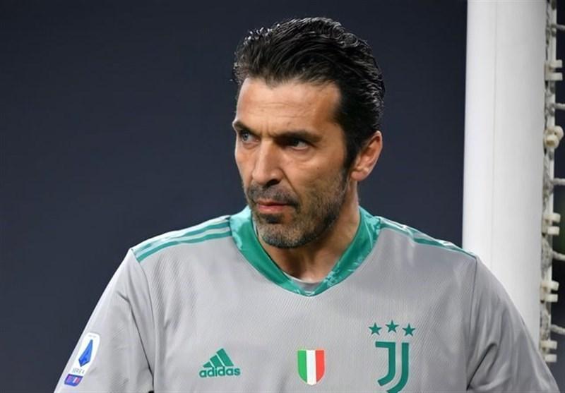بوفون به پیشنهاد بارسلونا جواب رد داد