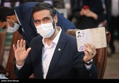 سعید محمد در اولین روز ثبت نام انتخابات ریاست جمهوری