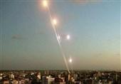 لحظه به لحظه با تحولات فلسطین| تلآویو زیر باران موشکهای مقاومت/ شلیک 110 موشک به قلب تلآویو/ توقف فعالیت قطارها و فرار صهیونیستها به پناهگاهها