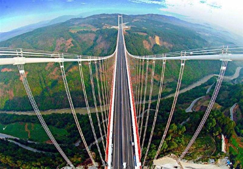 با ترسناکترین پلهای معلق جهان آشنا شوید