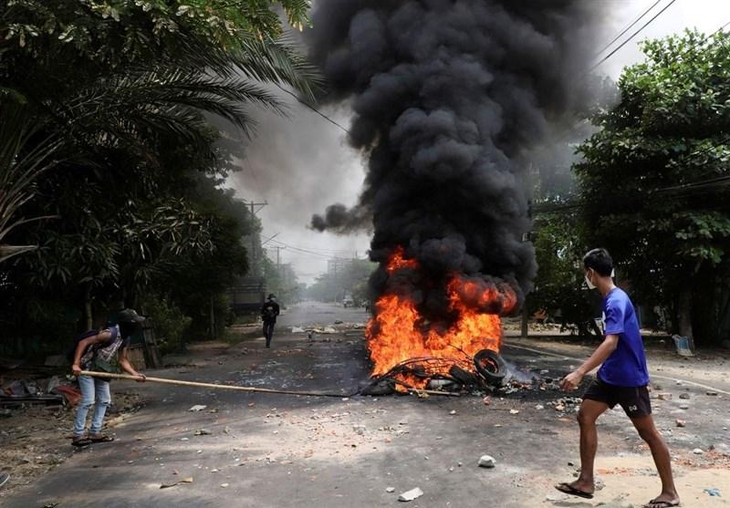 ادامه ناآرامیها در میانمار؛ بازداشت 39 نفر به اتهام بمب گذاری