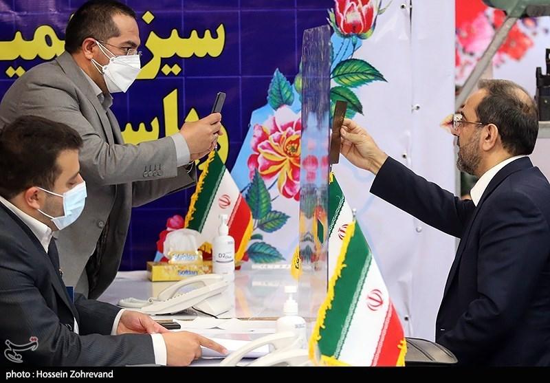 حضور محمد عباسی در ستاد انتخابات کشور