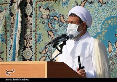 امام جمعه کرمان: مواظب دو خطر بزرگ نفوذ و فتنه در ایام انتخابات باشید / برخیها ممکن است حرفهای فتنهانگیز بزنند