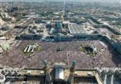اقامه نماز عید فطر در حرم مطهر رضوی / شور و حال نماز عید با رعایت تمام پروتکلها + تصاویر