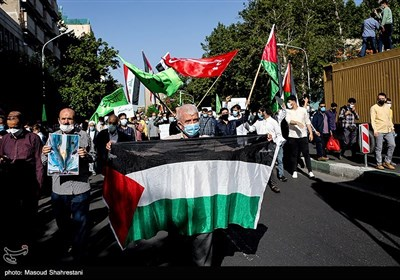 راهپیمایی نمازگزاران تهرانی در حمایت از مردم فلسطین