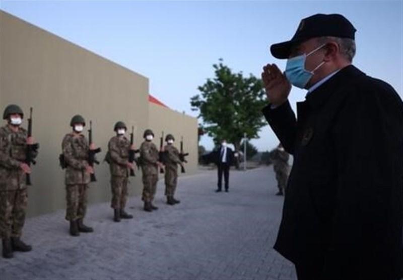 وزیر دفاع ترکیه: 105 تروریست در شمال عراق از پای درآمده است