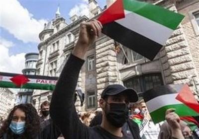 حمایت یکجانبه برلین از رژیم صهیونیستی/ به آتش کشیده شدن پرچم اسرائیل در آلمان