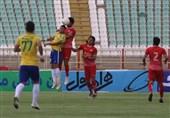 لیگ برتر فوتبال| تساوی تراکتور و صنعت نفت در 45 دقیقه نخست