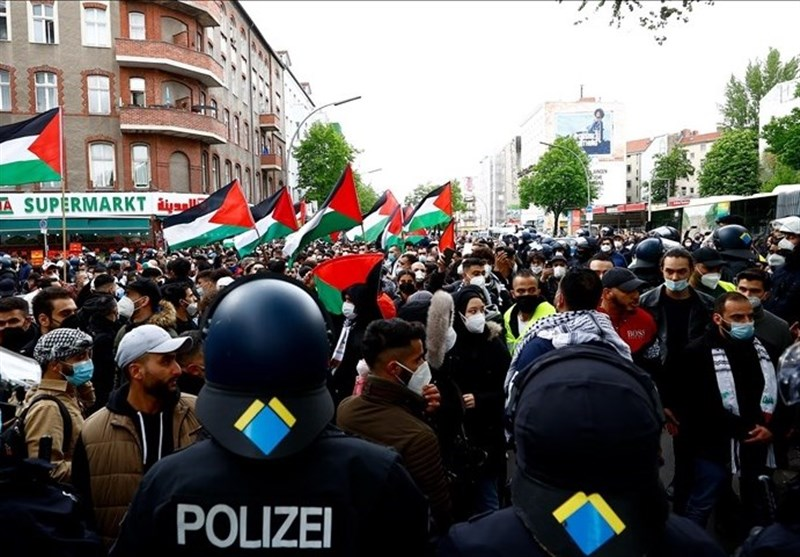 Hundreds March through Germany's Capital in Solidarity with Palestinians (+Video)
