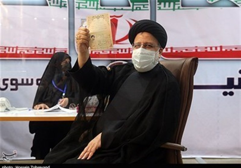 آیتالله رئیسی الزامی به استعفا برای شرکت در انتخابات ندارد