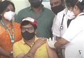 """مرگ """"سفیر بهداشت هند"""" 2 روز پس از تزریق واکسن کرونا در برنامه زنده تلویزیونی!"""