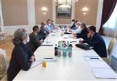 دیدار اولیانوف با نماینده ویژه آمریکا در امور ایران درباره احیای برجام