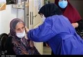 واکسیناسیون افراد بالای 75 سال در همدان آغاز شد